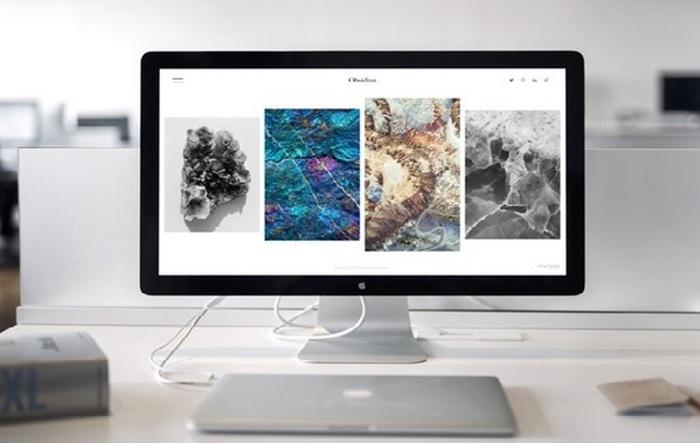 Computerbildschirm - Lesezeichen für Ihre WordPress-Website setzen - Wählen Sie ein Thema aus