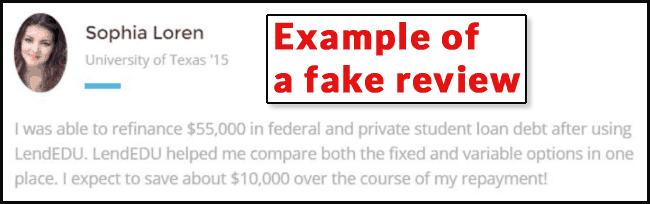 Una captura de pantalla de una crítica falsa del usuario