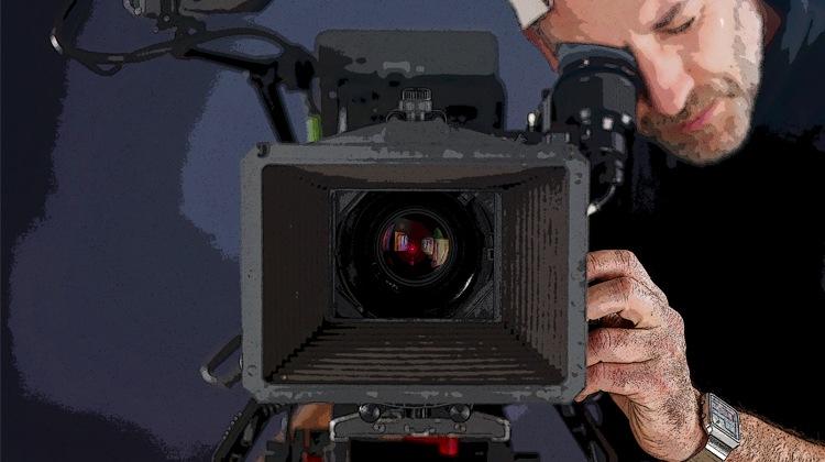 Lo que necesita para filmar un anuncio de video efectivo - Por precio | Publicidad disruptiva