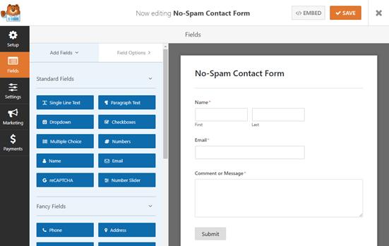 El formulario de contacto simple predeterminado