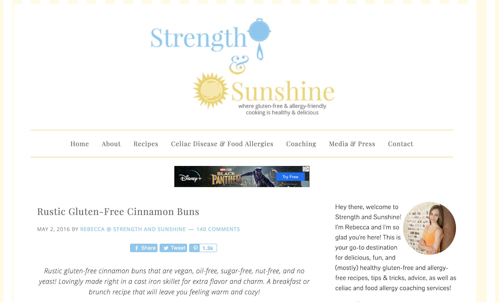 Página de inicio del blog Strength and Sunshine (captura de pantalla de categorías) y ejemplo