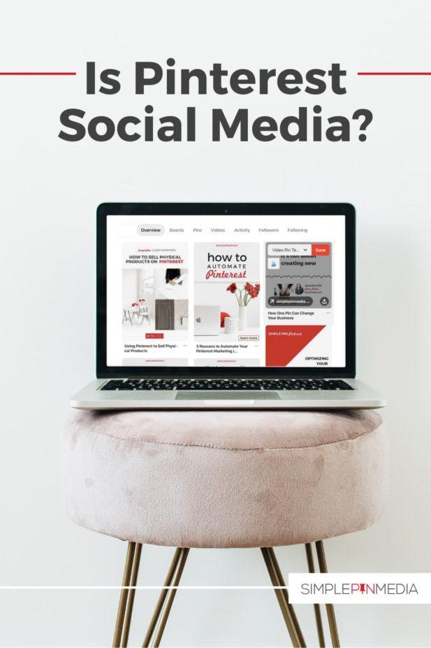 """Portátil mostrando pinterest en un taburete. La superposición de texto """"es Pinterest ¿redes sociales?""""."""