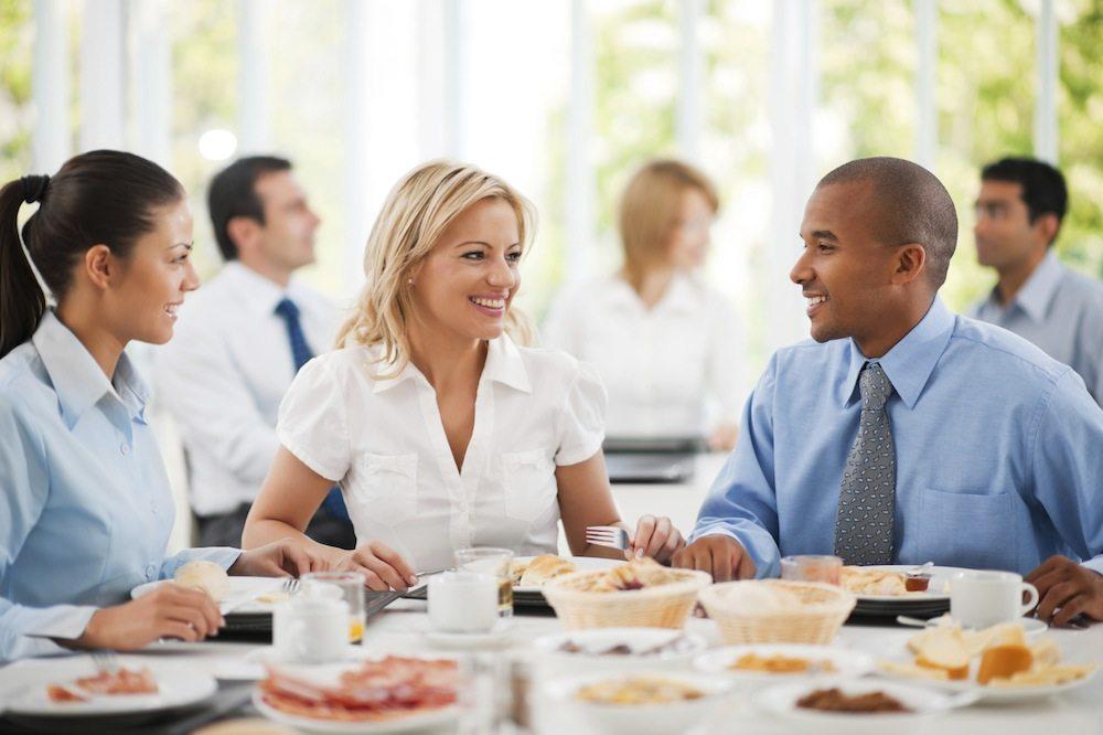 De la nourriture pour aider une réunion à se concentrer 1