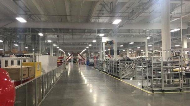 Dentro de la fabrica.  Créditos: bbc.com