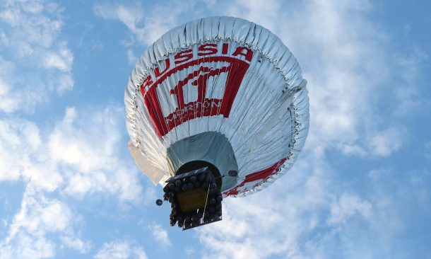 El aventurero ruso logra un récord mundial al volar solo en todo el mundo en 11 días_Imagen 4