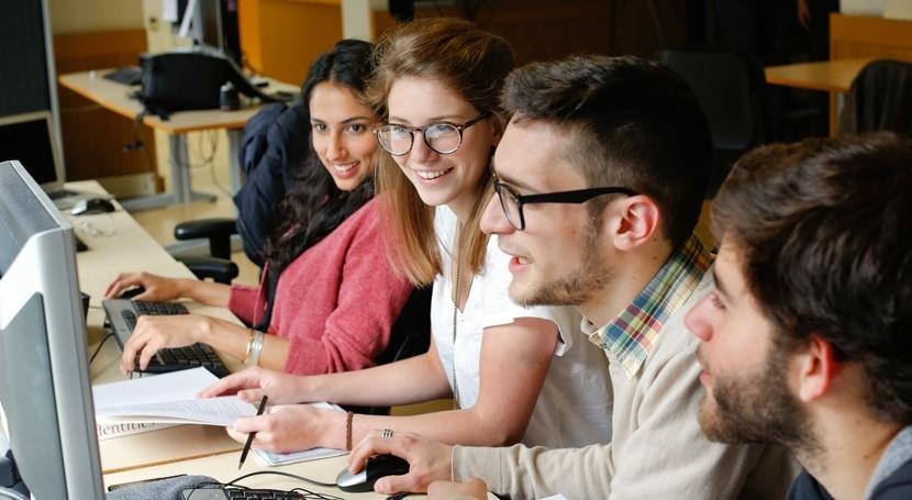 Universidades que invierten en impresión 3D6