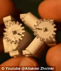 El motor Origami V8 que funciona 3
