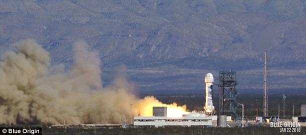 ¡El cohete reutilizable Blue Origin se lanzó y aterrizó con éxito, una vez más!  3