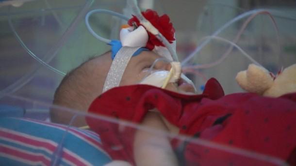 Google Cardboard acaba de salvar la vida de un bebé.  Aquí está la historia 5