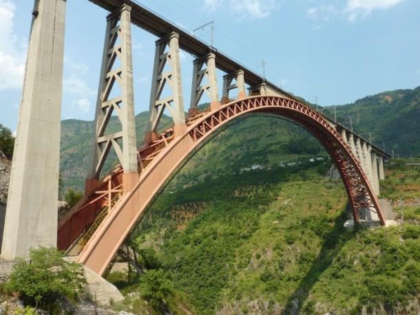 El puente que conectará al 90% de la población de China 3
