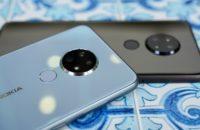 Nokia 6 2 negro y azul juntos