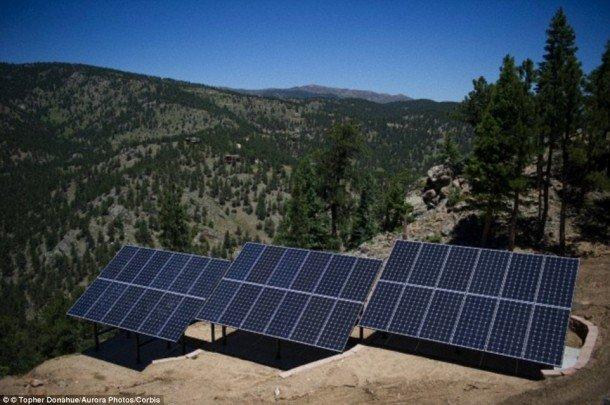 Vea cuántos paneles solares pueden alimentar la Tierra 2