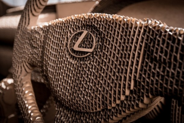 Lexus fabricó una cartulina manejable IS Saloon 14