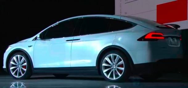 Tesla Model X ha sido lanzado y es maravilloso 9