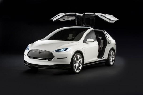 Tesla Model X ha sido lanzado y es maravilloso 3