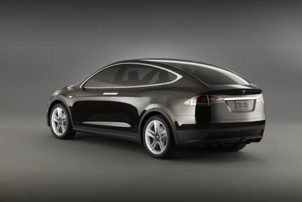 Tesla Model X ha sido lanzado y es maravilloso 4