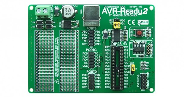 Placa AVR-Ready2 de Mikroelektronika