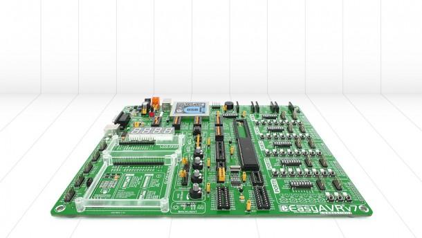 Easy AVRV7 por Mikroelectronika