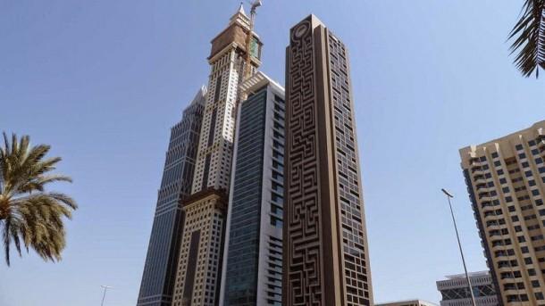 The Maze Tower es el laberinto vertical más grande del mundo en Dubai 3