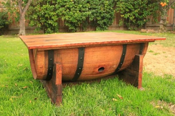 Mesa de barril de vino