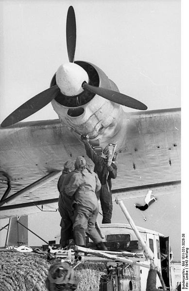 Avión nazi ME-32310