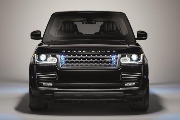 Range Rover Sentinel puede sobrevivir a una explosión TNT de 33 libras