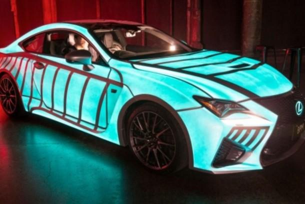 El trabajo de pintura de Lexus Car parpadea en sincronización con el latido del corazón del conductor 4
