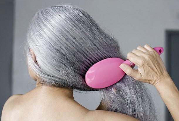 Maze Hairbrush hace que la limpieza sea un proceso de segundos 2