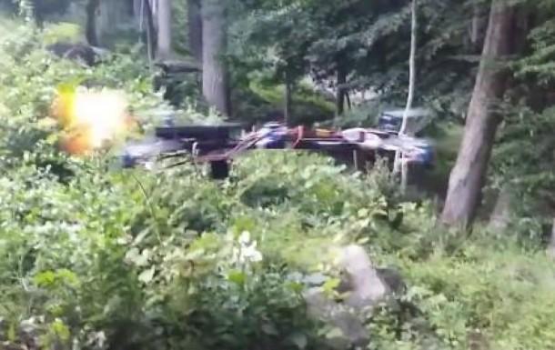 Drone disparando una pistola
