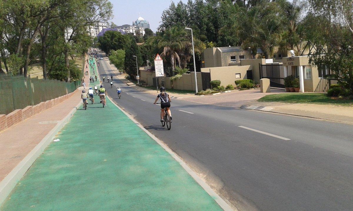 Johannesburgo intentó ir sin automóviles durante un mes 12