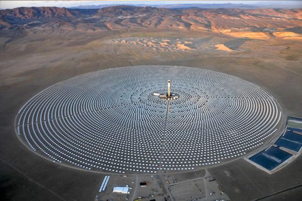 La primera planta de energía solar 24 7 del mundo alimenta 75,000 hogares_Imagen 0