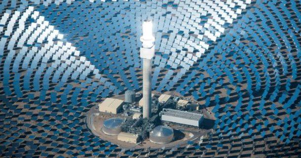La primera planta de energía solar 24 7 del mundo alimenta 75,000 hogares_Imagen 2