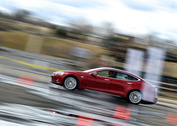 Tesla bajo investigación después de que el conductor muere en Accident_Image relacionado con el piloto automático 1