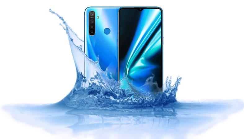 Can Realme 5s survive underwater? - Waterproof test