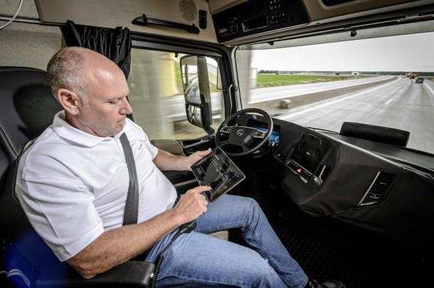 Daimler Future Trucks Camiones autónomos todo listo para 2025 4