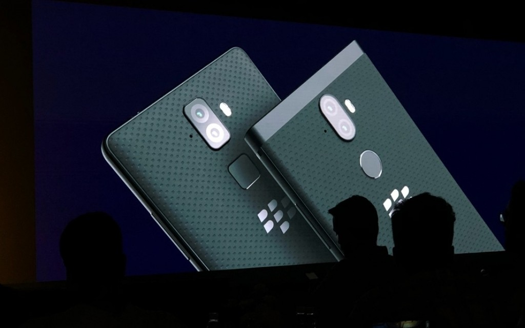 BlackBerry Evolve and BlackBerry Evolve X unveiled officially