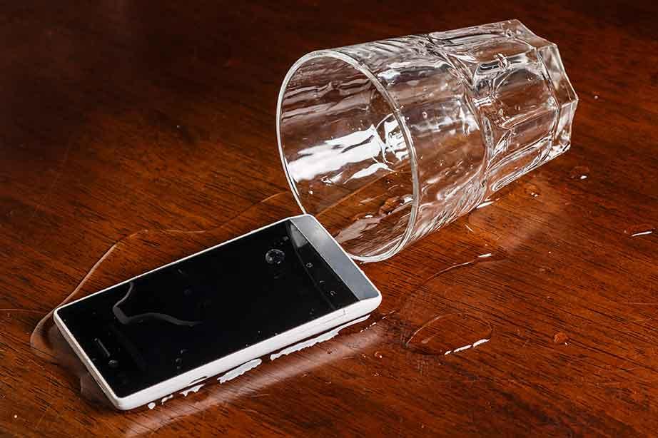 teléfono inteligente nokia daños por agua