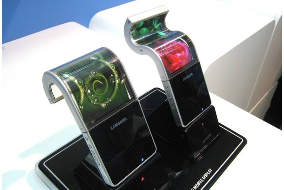 Samsung F- Foldable Device Possibilities to be Announced Next Year