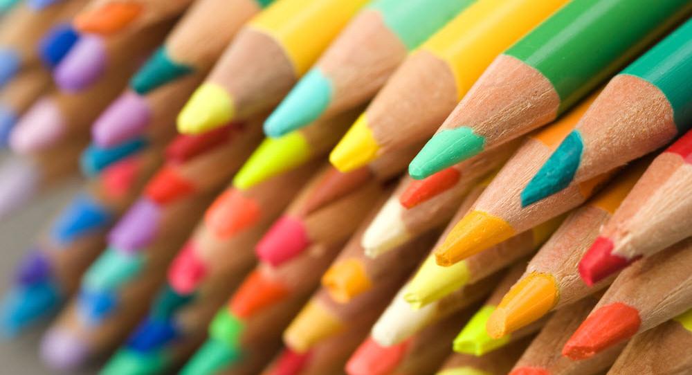 lápices-crayones-puntos