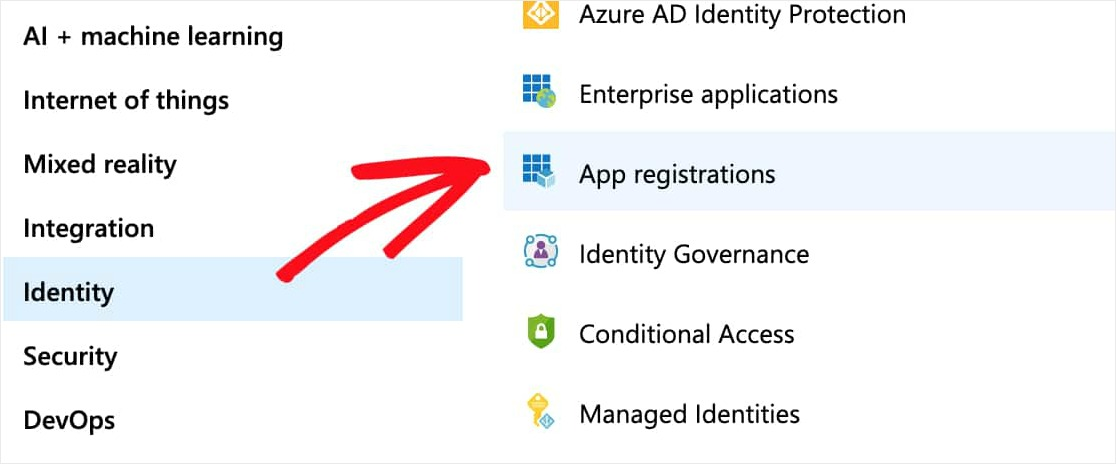 haga clic en la identidad y luego en los registros de la aplicación para el mailer de wordpress outlook