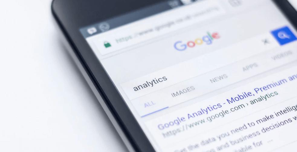 Captura de pantalla de resultados de búsqueda (ejemplo)